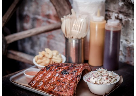 BB Pro Ribs, Chips & Coleslaw